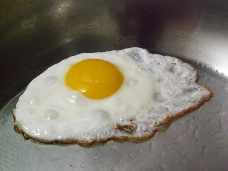 單面煎的荷包蛋英文 sunny side egg